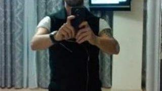escorte bucuresti: Tanar atragator 27 de ani maseur