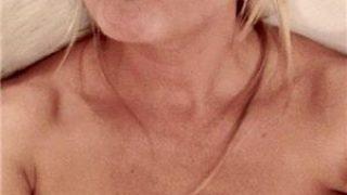 escorte bucuresti: Blonda Singura 30 de ani,O fac cu pasiune si cu placere ,servicii complete pt domnii